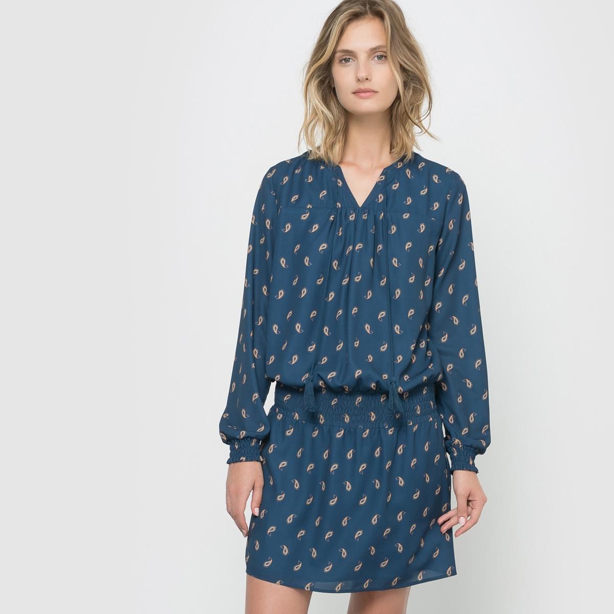 Платье в стиле фолк с рисунком
