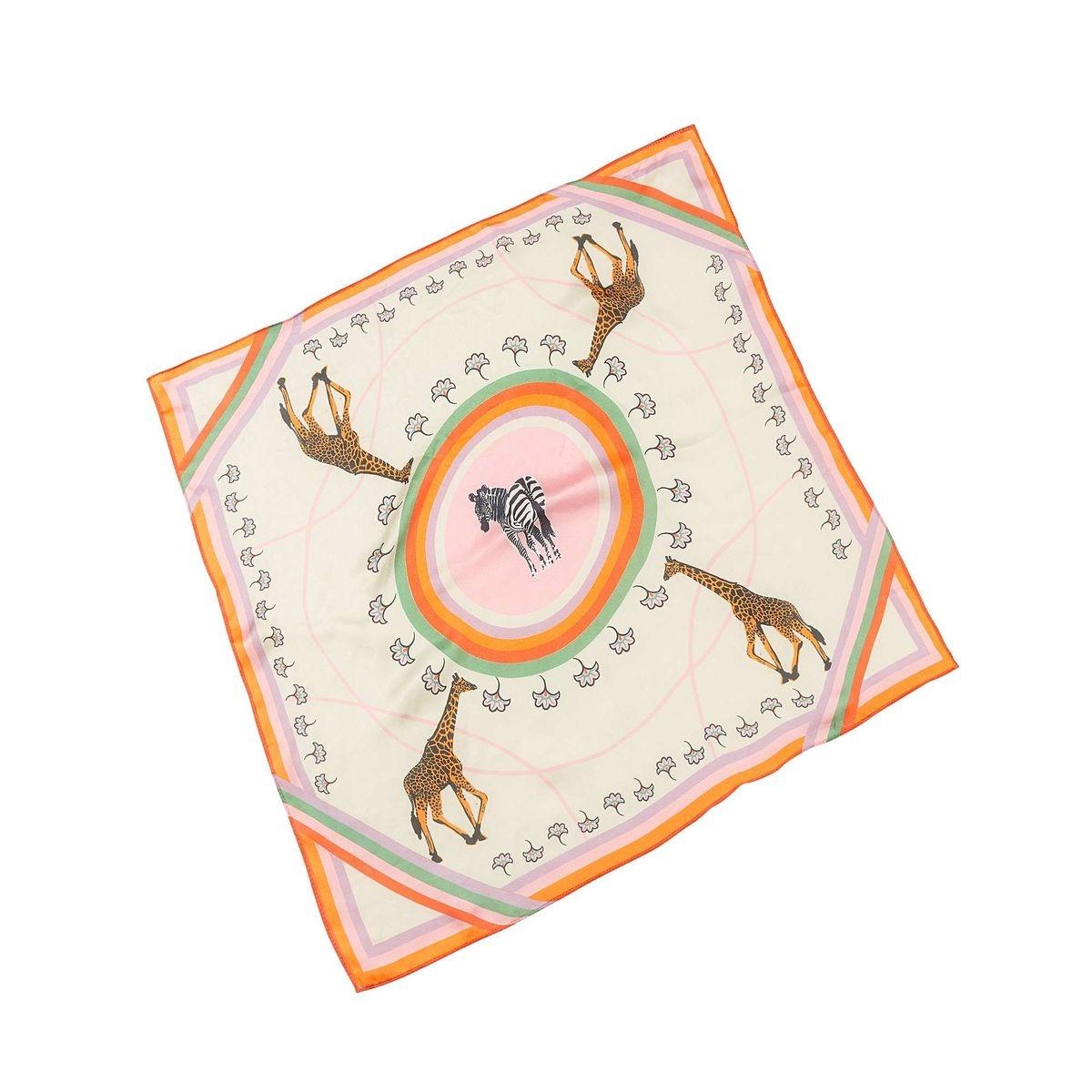 Foulard carré motif girafe