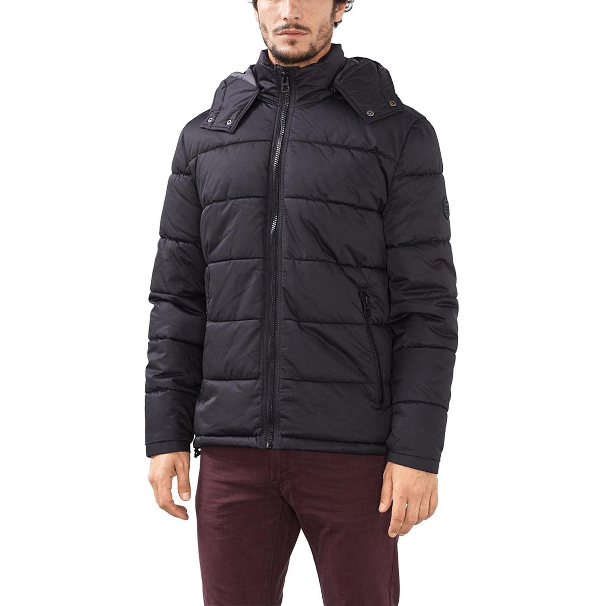 Куртка стёганая с капюшономСтеганая крутка с капюшоном - ESPRIT. Прямой покрой, высокий воротник, капюшон. Застежка на молнию. Карманы по бокам. Состав и описание :Материал : 100% полиамида, нейлона®Марка : ESPRIT<br><br>Цвет: черный
