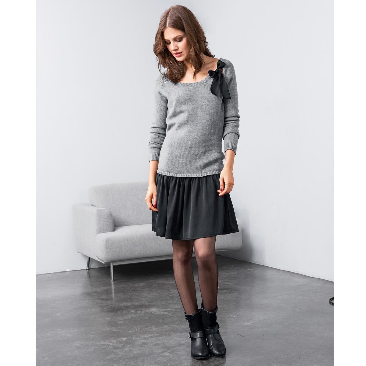 Платье 2 в 1Верх из джерси, 100% акрила. Юбка из струящегося атласа, 100% полиэстера. Контрастный бантик на закругленном вырезе. Длинные рукава. Края связаны в рубчик. Длина 90 см.<br><br>Цвет: светло-серый/черный<br>Размер: 50/52 (FR) - 56/58 (RUS)
