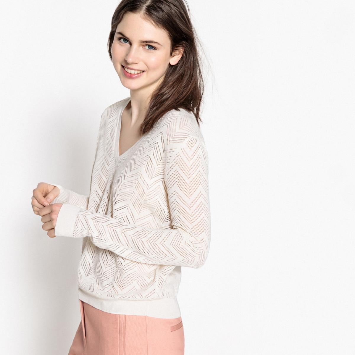 Пуловер из тонкого ажурного трикотажа с V-образным вырезом