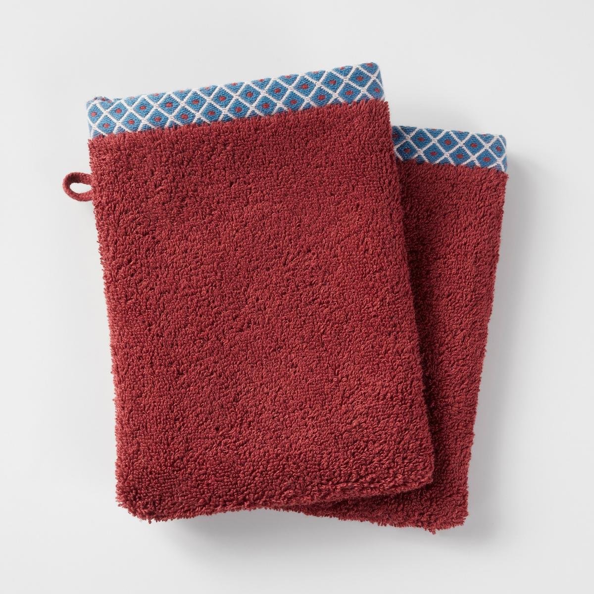 Комплект из 2-х банных рукавичек, 100% хлопка, EVORAХарактеристики:Материал: махровая ткань, 100% хлопка, 500 г/м?.Уход: Машинная стирка при 60°С.Размеры:- 15 x 21 см.<br><br>Цвет: кирпичный