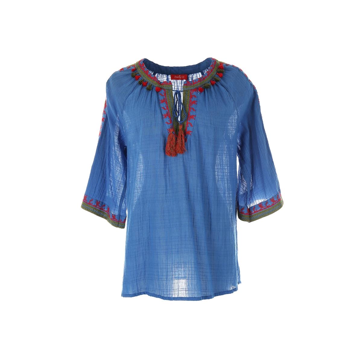 Блузка с рукавами 3/4 и вышивкойМатериал : 100% хлопок   Длина рукава : рукава 3/4 Форма воротника : круглый вырез Длина блузки: стандартная  Рисунок : однотонная модель Особенность материала : с вышивкой<br><br>Цвет: синий