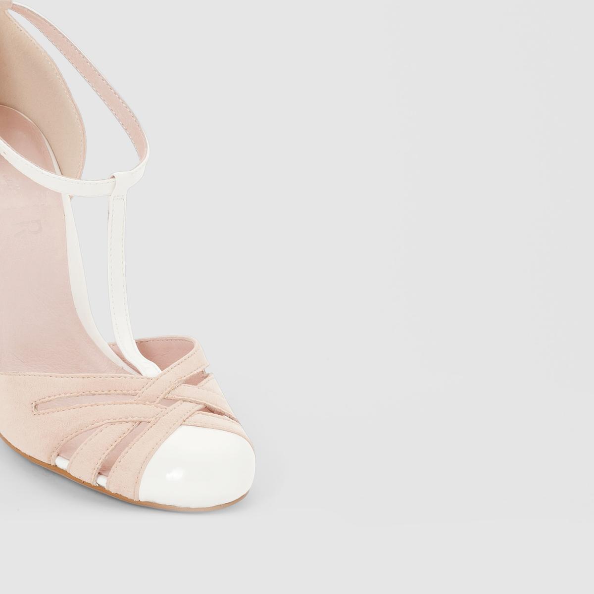 Туфли из синтетикиДетали  •  Каблук-шпилька •  Застежка : ремешок/пряжка •  Круглый мысок •  ЛакированныеСостав и уход  •  Верх 100% синтетический материал •  Подкладка 100% кожа<br><br>Цвет: белый<br>Размер: 41.39.36.37.38
