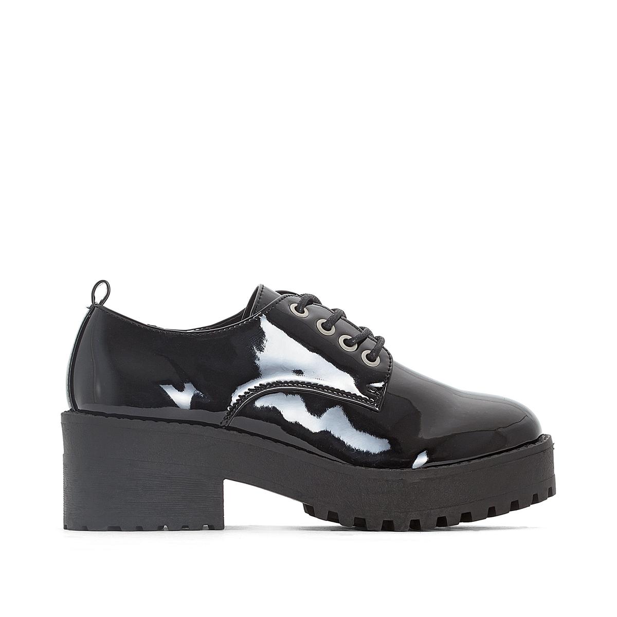 Ботинки-дерби на каблуке SukiДетали   •  Ботинки-дерби •  Высота каблука : 6 см. •  Застежка : шнуровка. •  Круглый мысок •  ЛакированныеСостав и уход   •  Верх 100% синтетический материал •  Подкладка 100% синтетический материал •  Стелька 100% синтетический материал •  Подошва 100% каучук<br><br>Цвет: черный