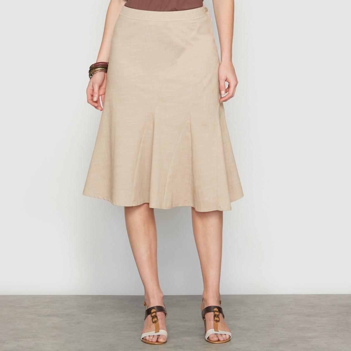Юбка асимметричная из денима стретчАсимметричная джинсовая юбка . Пояс с невидимой застежкой на молнию и пуговицу. Оригинальные отрезные детали спереди и сзади, слегка контрастные видимые строчки. Длина . 62 см .    Ткань с преимуществами денима, но более тонкая и легкая . 62% хлопка, 37% полиэстера, 1% эластана .<br><br>Цвет: бежевый<br>Размер: 44 (FR) - 50 (RUS).46 (FR) - 52 (RUS).48 (FR) - 54 (RUS)
