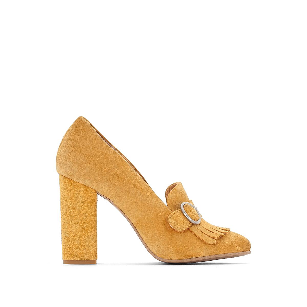 Туфли из синтетикиДетали   •  Каблук-шпилька •  Застежка : без застежки •  Заостренный мысок •  Гладкая отделкаСостав и уход   •  Верх 100% синтетический материал •  Подкладка 100% кожа<br><br>Цвет: темно-желтый<br>Размер: 40.39.37