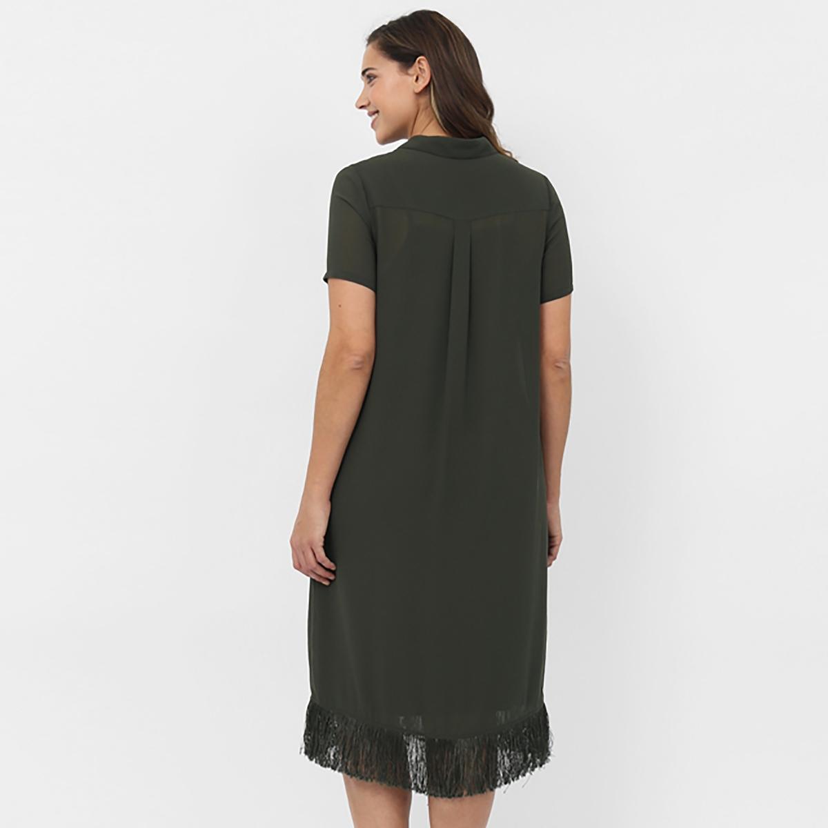 Платье с короткими рукавамиПлатье с короткими рукавами KOKO BY KOKO, Рубашечный воротник. Застёжка на пуговицы по всей длине. 2 кармана. Низ с бахромой. Длина около 102 см. 100% полиэстера<br><br>Цвет: хаки<br>Размер: 46 (FR) - 52 (RUS).48 (FR) - 54 (RUS)
