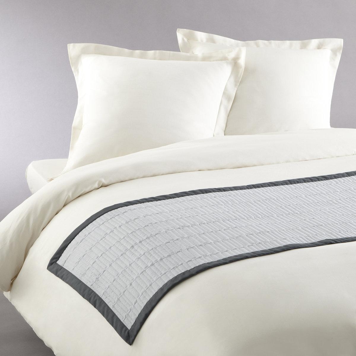 Покрывало декоративное АймаНовый взгляд на дизайн спальни!Описание:100% полиэстера, 90 г/м?. Наполнитель из 100 % полиэстера (80 г/м?) Обшивка краев 3 см. Стирка при 40°. Другие декоративные покрывала Вы можете найти на laredoute.ru<br><br>Цвет: светло-серо-коричневый/бежевый,светло-серый/темно-серый