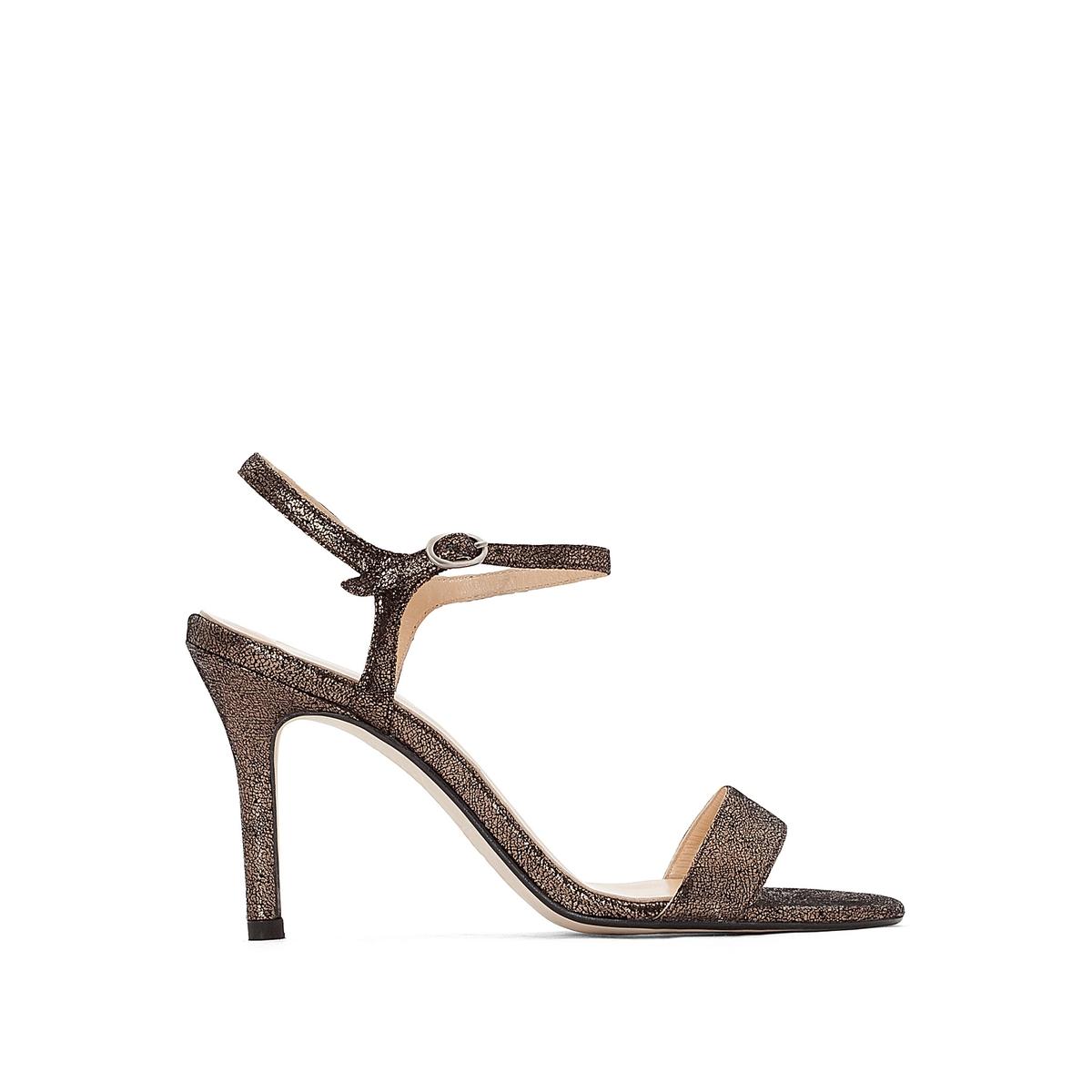 Босоножки кожаные на шпилькеВерх : кожа   Подкладка : кожа   Стелька : кожа   Подошва : эластомер   Высота каблука : 7 см   Форма каблука : шпилька   Мысок : открытый   Застежка : пряжка<br><br>Цвет: серый металлик<br>Размер: 37