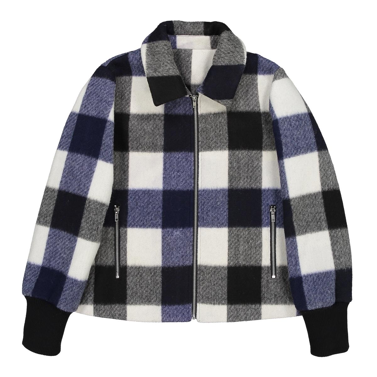 ПальтоОписание:Пальто в очень модном британском стиле, в клетку, в котором вы не замерзнете и будете выглядеть очень модно .Детали •  Длина : укороченная   •  Воротник-поло, рубашечный  •  Рисунок в клетку •  Застежка на молниюСостав и уход •  20% шерсти, 80% полиэстера •  Подкладка : 100% полиэстер • Не стирать •  Не гладить / не отбеливать   •  Не использовать барабанную сушку   •  Деликатная сухая чистка •  Длина : 60 см<br><br>Цвет: морские квадраты / черная / слоновая кость<br>Размер: 48 (FR) - 54 (RUS).44 (FR) - 50 (RUS).42 (FR) - 48 (RUS)