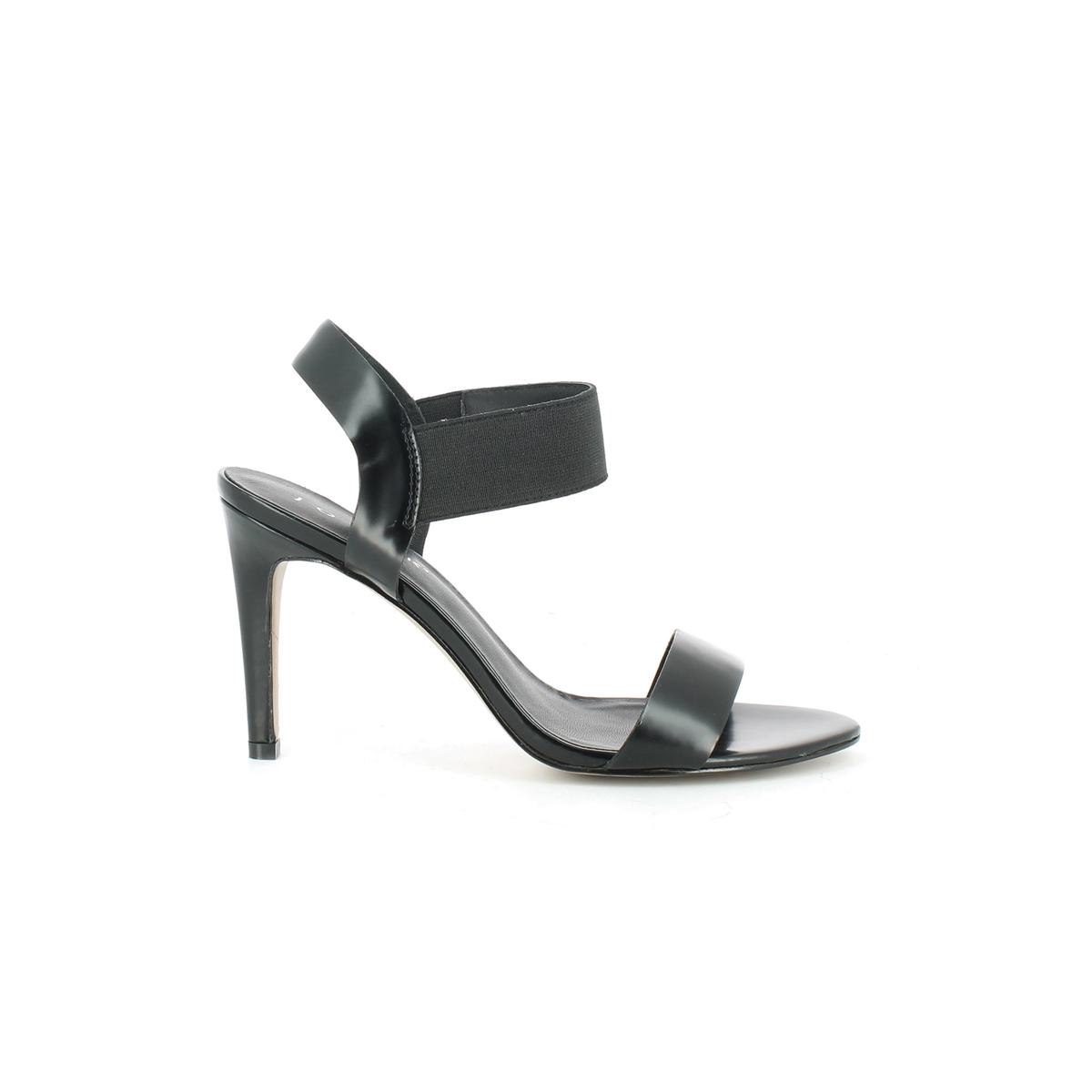 Босоножки кожаные на высоком каблукеБосоножки кожаные на высоком каблуке, Jonak.Верх: яловичная кожаПодкладка: кожаСтелька: кожаПодошва :  из эластомераЗастежка : эластичный ремешокВысота каблука : 7 см Женственная и утонченная форма, эластичный ремешок для надежного крепления, высокий тонкий каблук : сандалии Jonak сочетаются с любой летней одеждой для прогулок и вечеринок!<br><br>Цвет: черный<br>Размер: 37