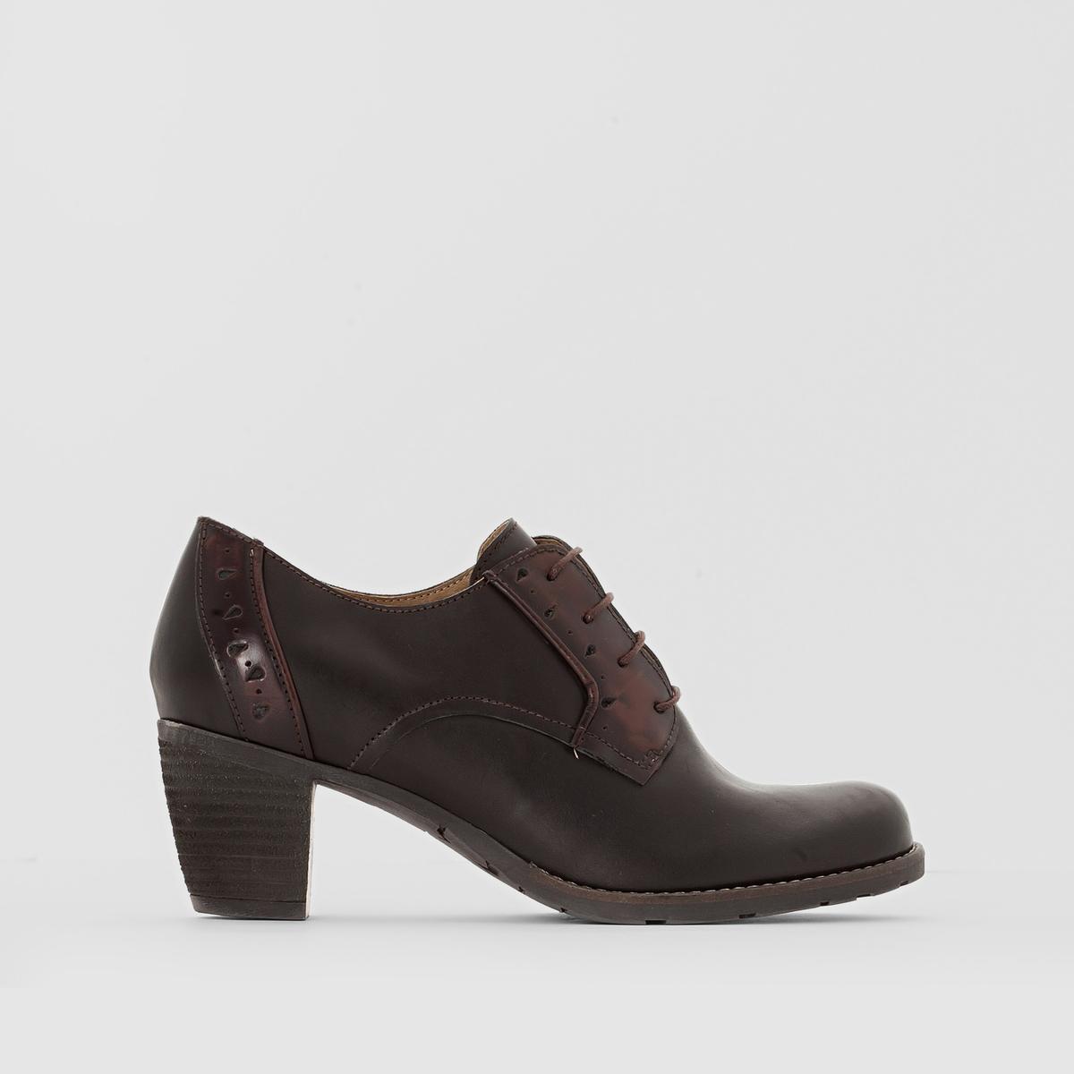 Ботинки-дерби кожаные на каблуке CeciliaВерх/ Голенище: Яловичная кожа    Подкладка: Кожа   Стелька:  Кожа   Подошва: каучук.   Высота каблука: Средний (4 - 6 см)   Застежка: шнуровка.<br><br>Цвет: коньячный