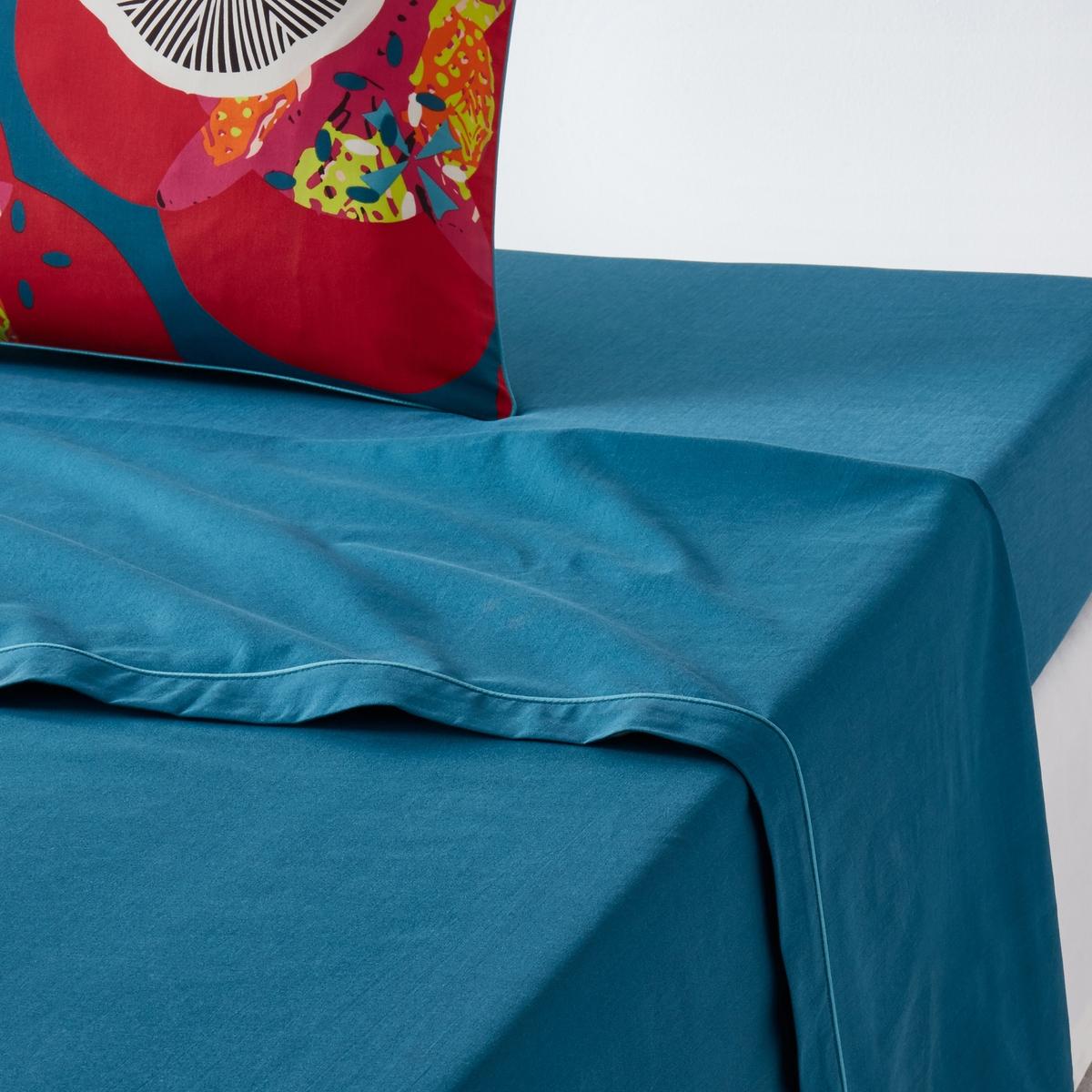 Простыня гладкая однотонная100% хлопка, N?nupharХарактеристики простыни N?nuphar :Однотонная простыня сине-зеленого цвета .Контрастная отделка синего цвета  .100% хлопок, 57 нитей/см? : чем больше нитей/см?, тем выше качество ткани.Легкость ухода.Машинная стирка при 60 °С.Найдите натяжную простыню из гаммы Sc?nario coton и всю коллекцию N?nuphar на сайте  laredoute   .ruЗнак Oeko-Tex® гарантирует, что товары прошли проверку и были изготовлены без применения вредных для здоровья человека веществ.Размеры :180 x 290 см : 1-сп240 х 290 см : 2-сп.270 x 290 см : 2-сп.<br><br>Цвет: сине-зеленый<br>Размер: 270 x 290  см