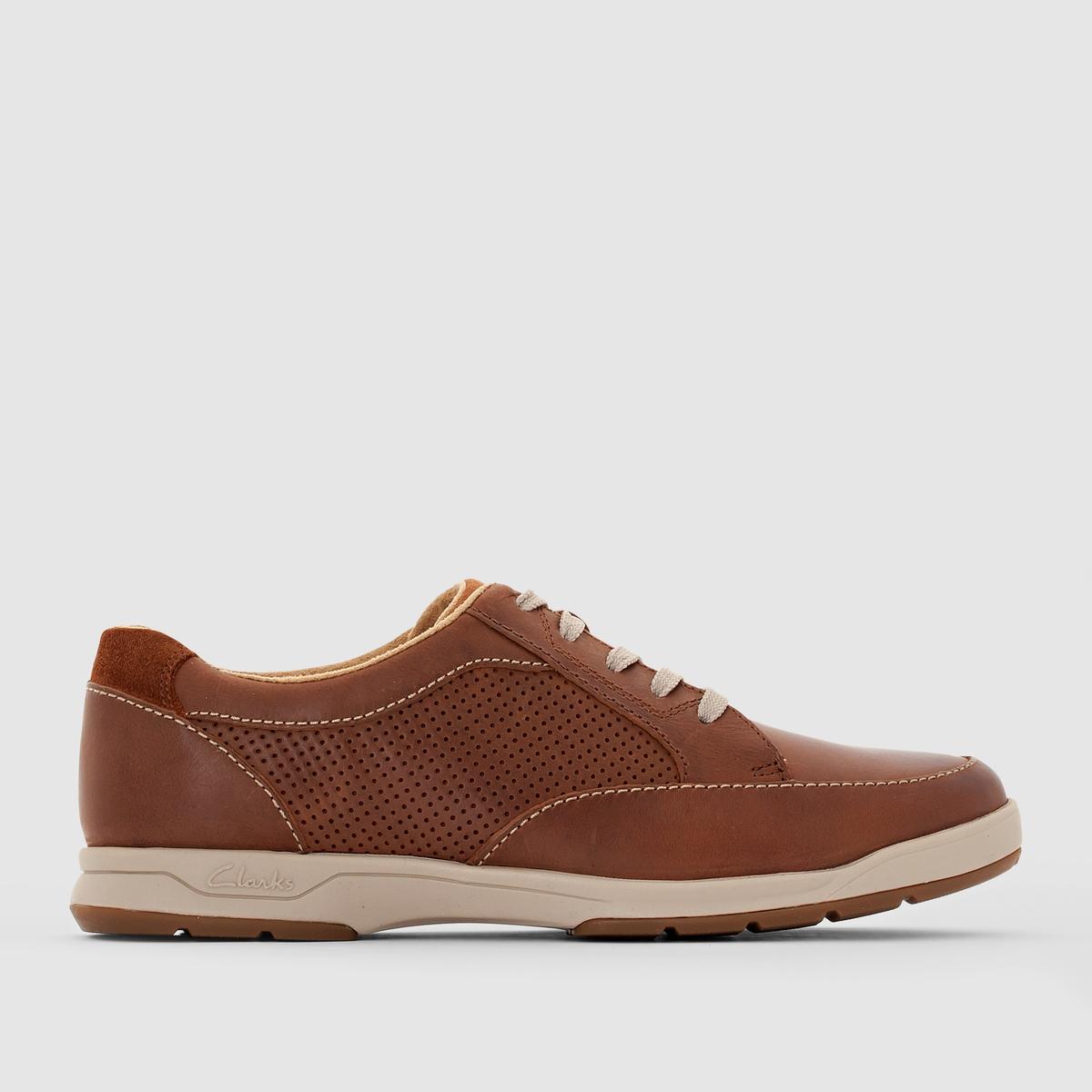 Ботинки-дерби CLARKS Stafford Park5Из кожи, легендарное умение марки Clarks и одновременно знаменитая и классная линия: воспользуемся этими ботинками-дерби для своего комфорта и стиля. Сочетать с одеждой в стиле кэжуал.<br><br>Цвет: темно-коричневый<br>Размер: 41