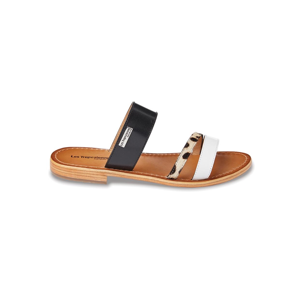 Сандалии плоские кожаные BalboaВерх/Голенище : кожа Подкладка : кожа Стелька : кожа Подошва : кожа Высота каблука : плоский Форма каблука : плоский каблук Мысок : открытый мысок Застежка : без застежки<br><br>Цвет: черный<br>Размер: 40
