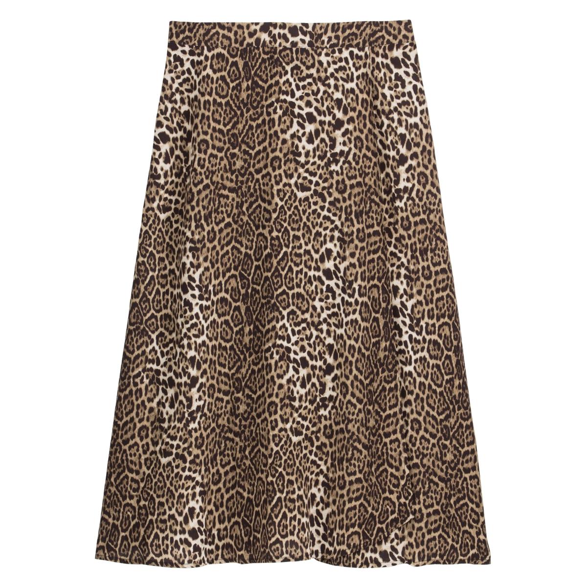 Falda con estampado leopardo y largo midi