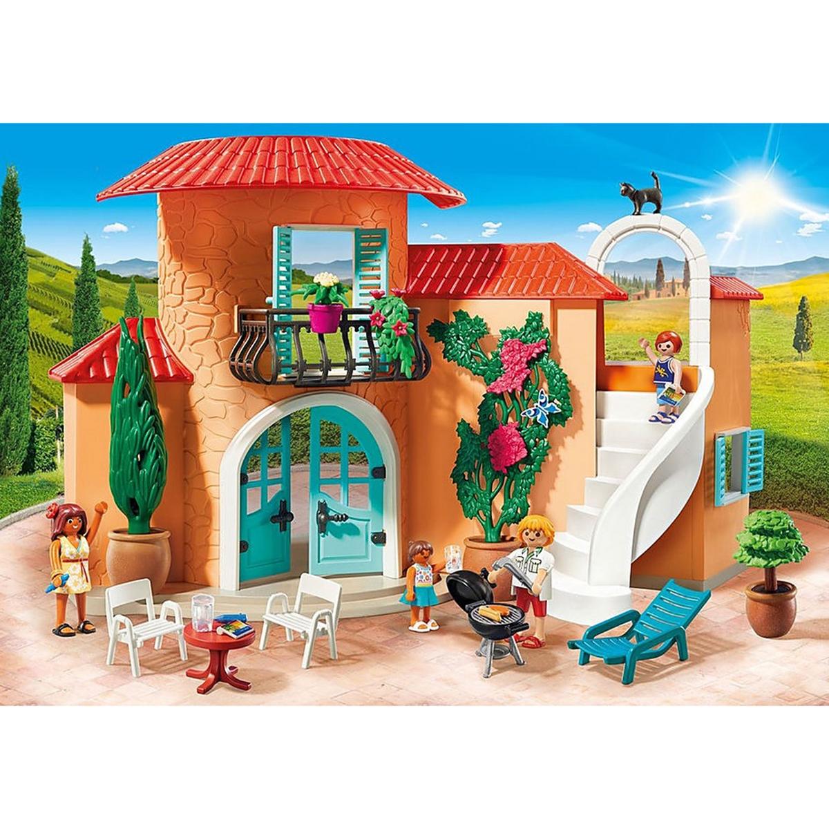 An image of Playmobil Summer Villa