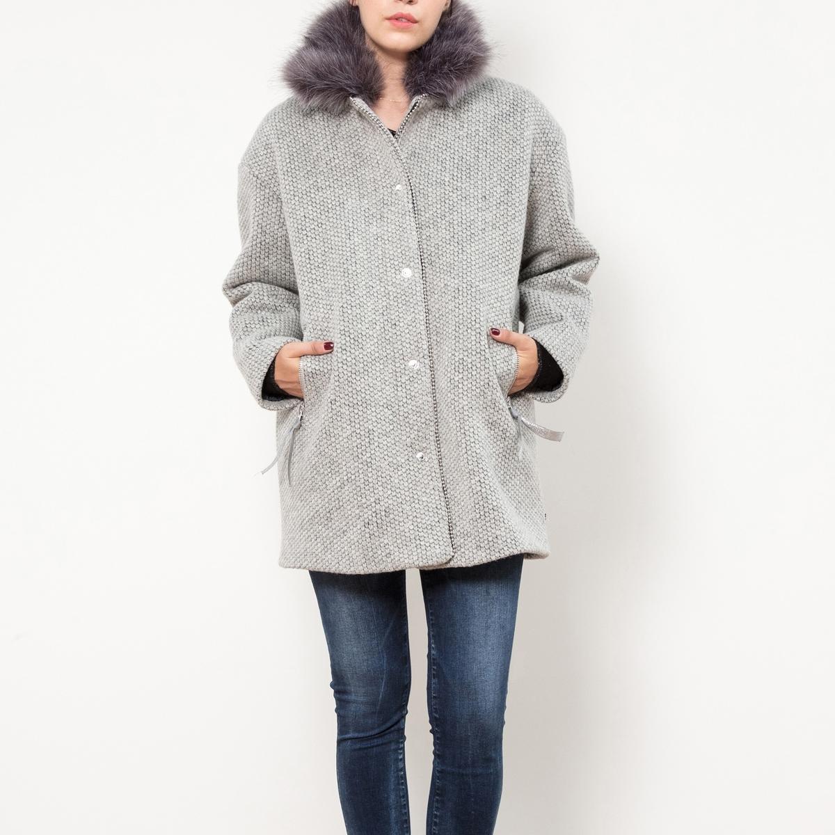 Пальто короткое, воротник с искусственный мехом пальто из меха норки с отделкой мехом енота