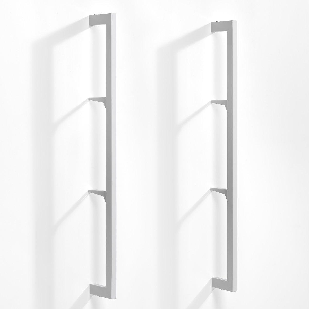 Комплект из 2 стоек Taktik для модулей храненияКомплект из 2 стоек Taktik. Комбинируйте модульные полки в стиле минимализм для организации пространства в соответствии с Вашими потребностями. Уголки позволяют отрегулировать высоту полок и ящиков по Вашему желанию. Описание: - Металл с эпоксидной отделкой. - Система верхних креплений (винты продаются отдельно). - Стойки, уголки, полки и ящики продаются отдельно.    Размеры:- Ш.2,5 x В.110 x Г.16 см.<br><br>Цвет: белый,черный<br>Размер: 60x16x110 см