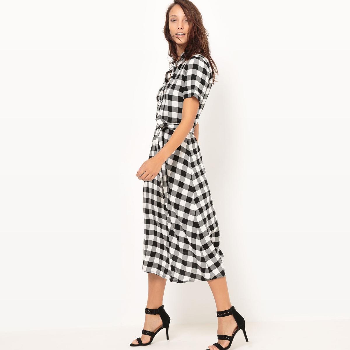 Платье-рубашка в клеткуМатериал : 100% вискоза  Длина рукава : короткие рукава  Форма воротника : воротник-поло, рубашечный Покрой платья : расклешенное платье Рисунок : в клетку  Особенность платья : с поясом Длина платья : длинное Стирка : машинная стирка при 40 °С Уход : сухая чистка и отбеливание запрещены Машинная сушка : машинная сушка в умеренном режиме Глажка : при умеренной температуре<br><br>Цвет: в клетку