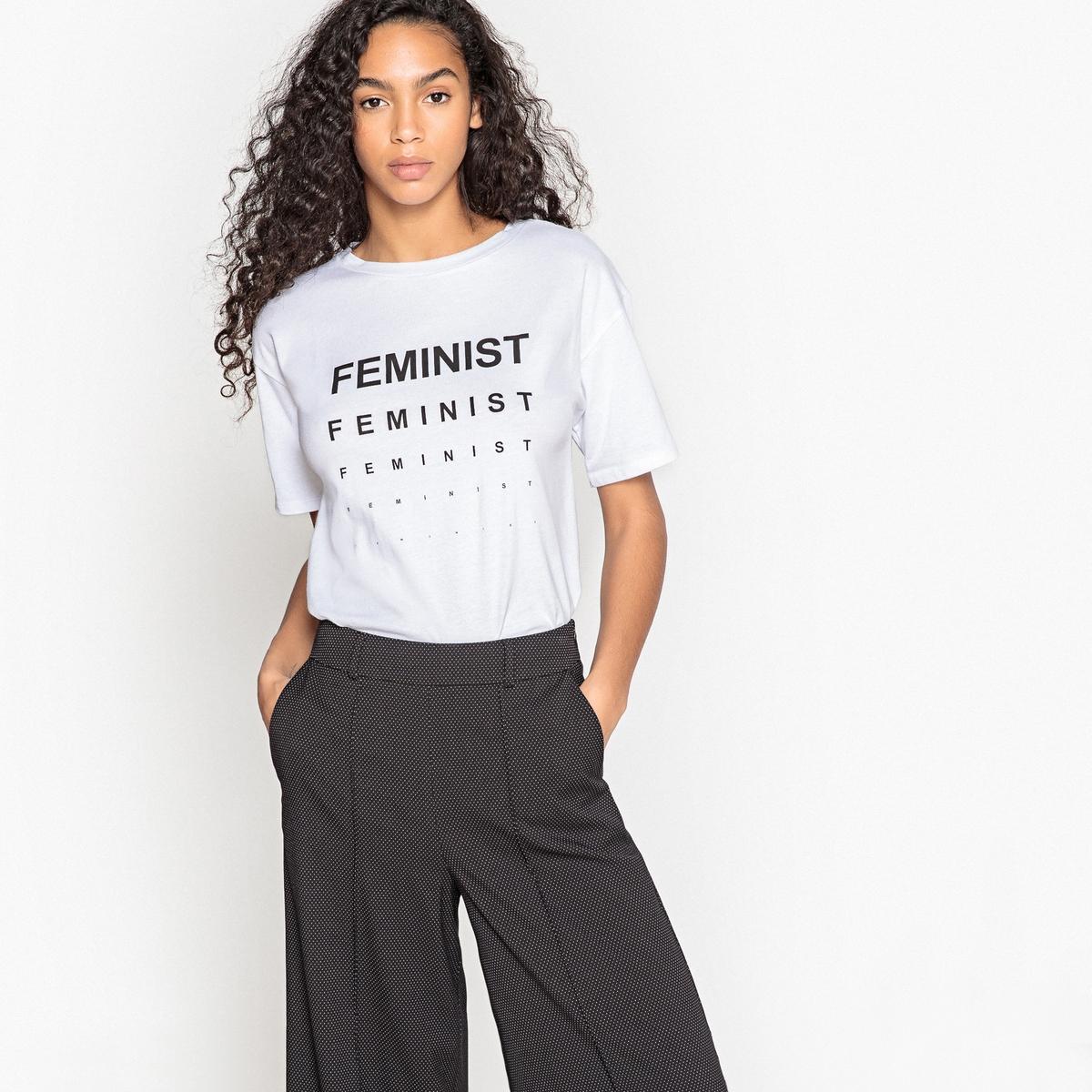 Футболка с принтом féminist