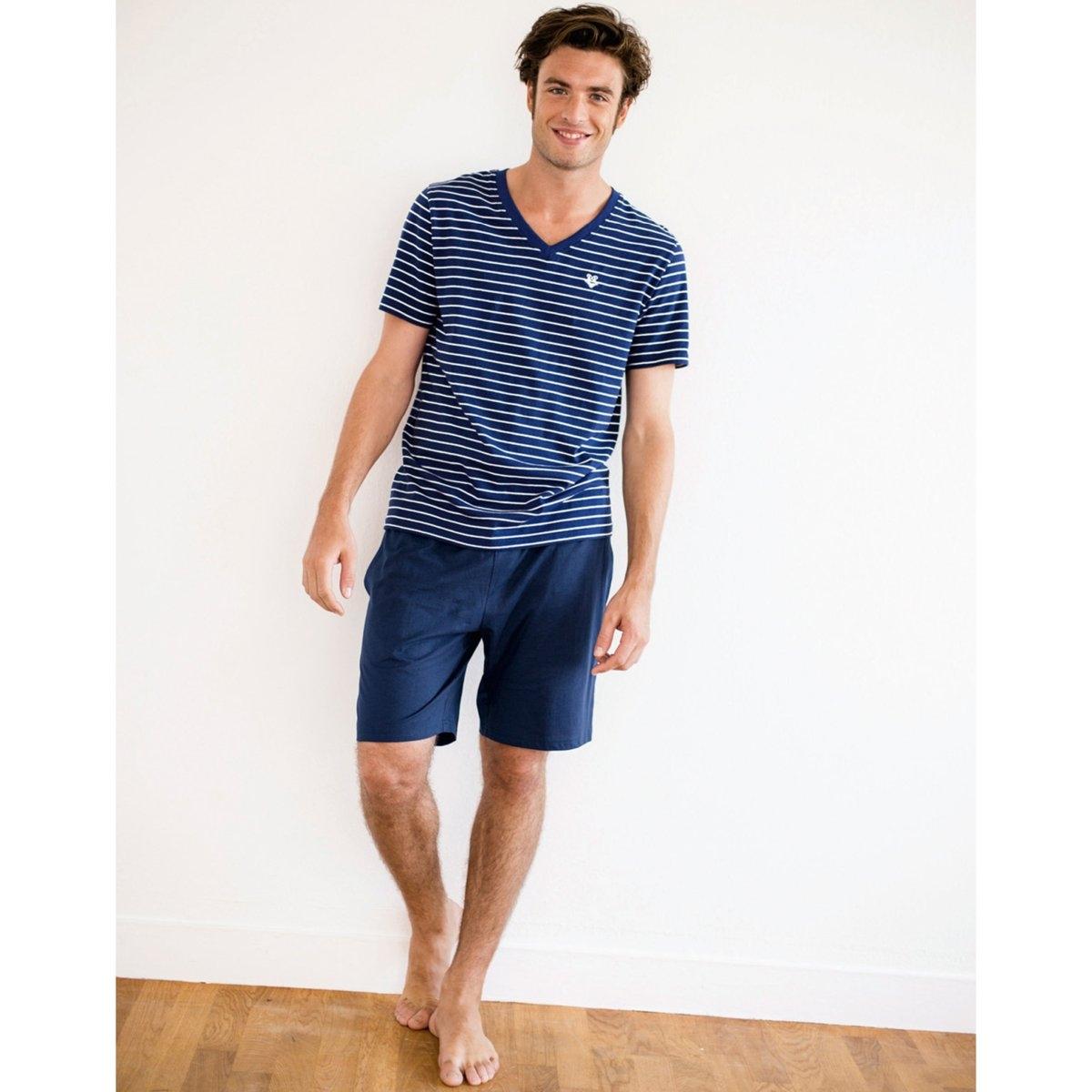 Пижама из хлопка джерсиПижама с шортами из джерси, 100% хлопок. Изысканная и удобная пижама с шортами. Верх: футболка с коротким рукавом в полоску с V-образным вырезом, меланжевый эффект, вышивка на груди низ: однотонные шорты, пояс на резинке, 2 боковых кармана  .<br><br>Цвет: серо-синий в полоску,темно-синий в полоску<br>Размер: XL.L.S.XL.3XL.M.XXL.M.L