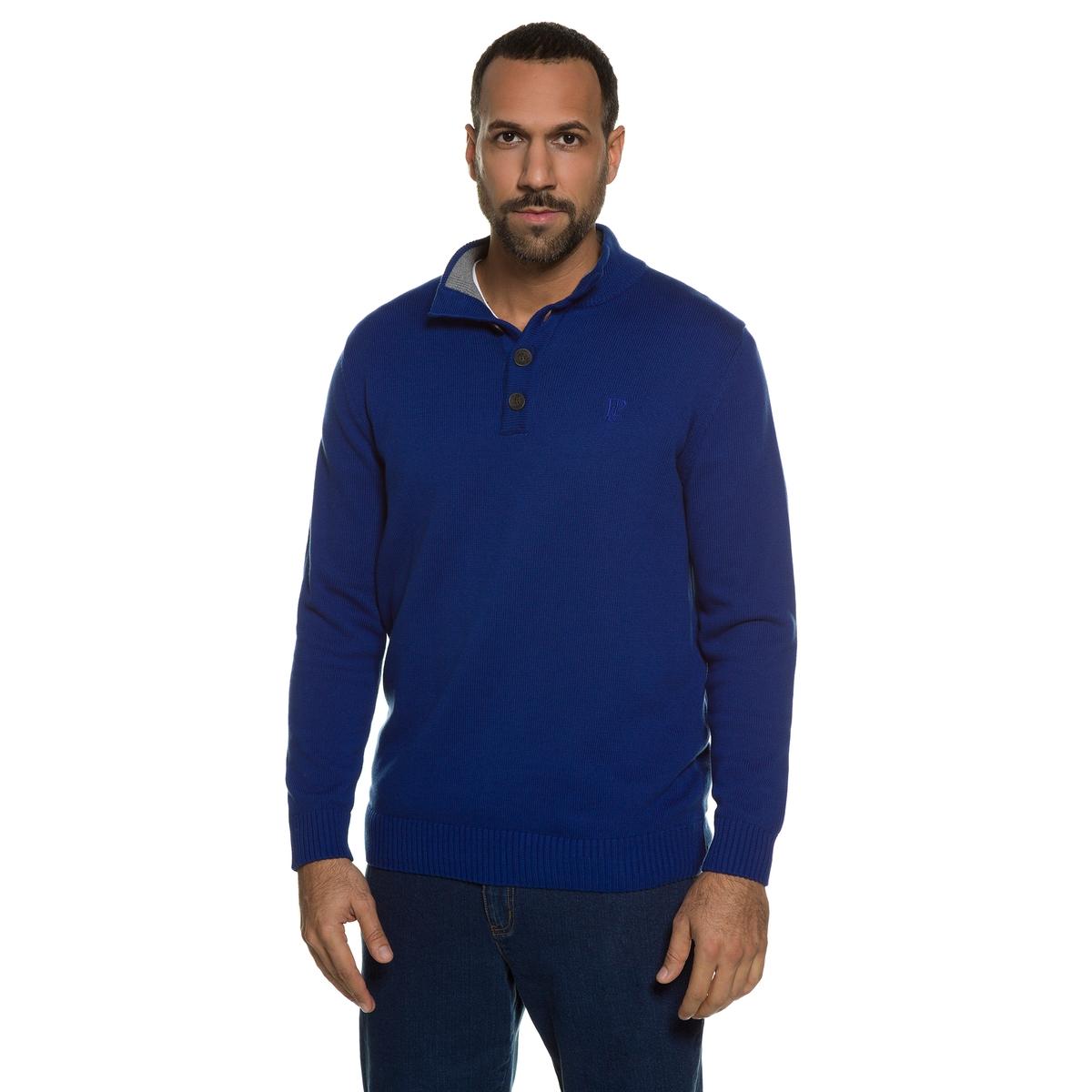 ПуловерыТрикотажный пуловер с воротником-стойкой. Мужественный пуловер с прямым воротником контрастного цвета внутри. Планка застёжки на пуговицы, отделка краев в рубчик. Длина в зависимости от размера: от 76 до  90 см<br><br>Цвет: синий<br>Размер: 6XL