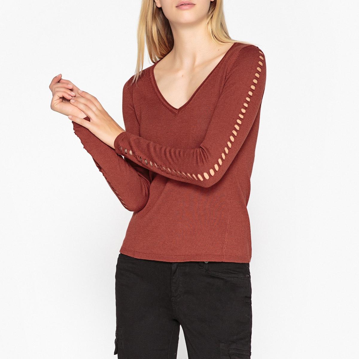 Пуловер с V-образным вырезом из тонкого ажурного трикотажа
