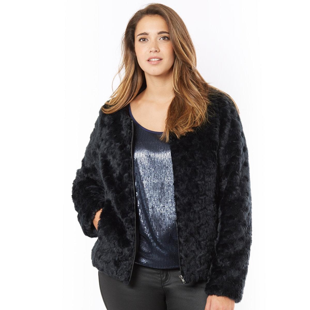 Куртка из искусственного мехаКуртка. Роскошная куртка из очень красивого искусственного меха ! Застежка на молнию спереди. 2 кармана. Искусственный мех, 78% акрила, 22% полиэстера, подкладка, 65% вискозы, 30% полиамида, 5% эластана. Длина 55 см.<br><br>Цвет: черный