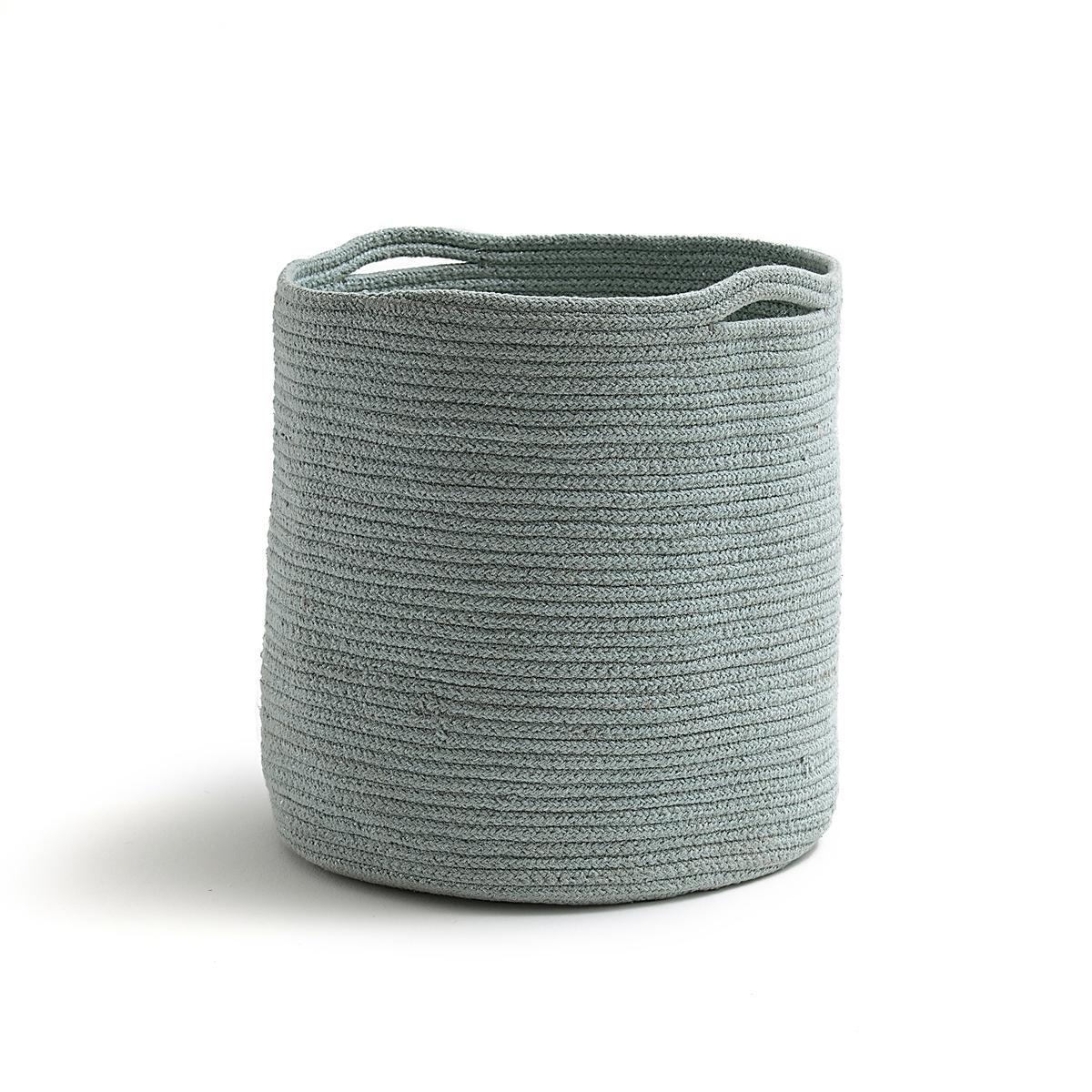 Корзина для хранения SWANNYОписание:Корзина для хранения Swanny : натуральный хлопок и нить люрекса для изящного внешнего вида без ущерба для практичности!Характеристики корзины для хранения Swanny :?63% хлопка, 35% джута, 2% металлизированных волокон Размеры корзины для хранения Swanny :?Диаметр : 30 см?Высота : 35 см<br><br>Цвет: небесно-голубой<br>Размер: единый размер