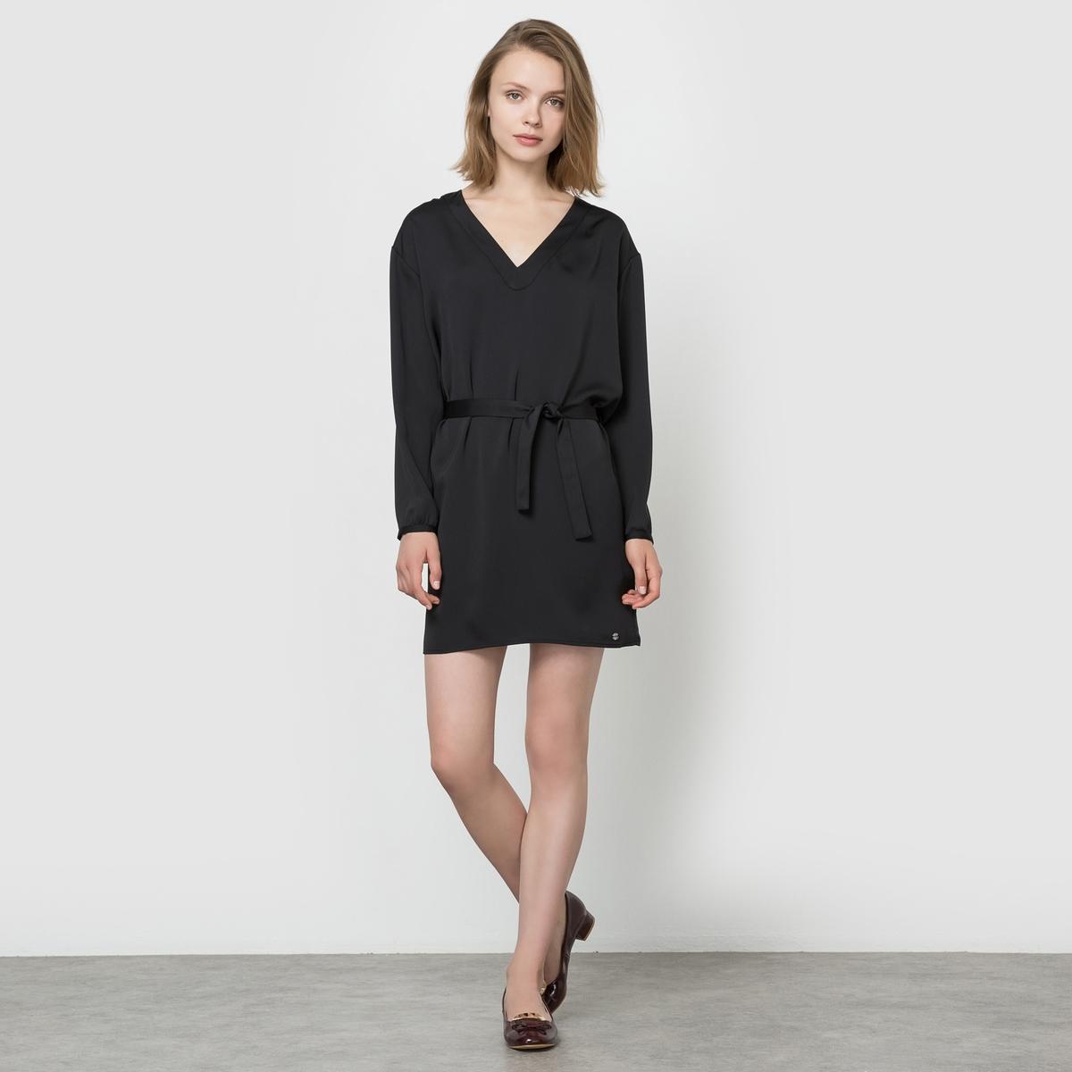 Платье с длинными рукавами и V-образным вырезомСостав и описаниеМарка : LES PTITES BOMBESМатериал : 100% полиэстера<br><br>Цвет: черный<br>Размер: M