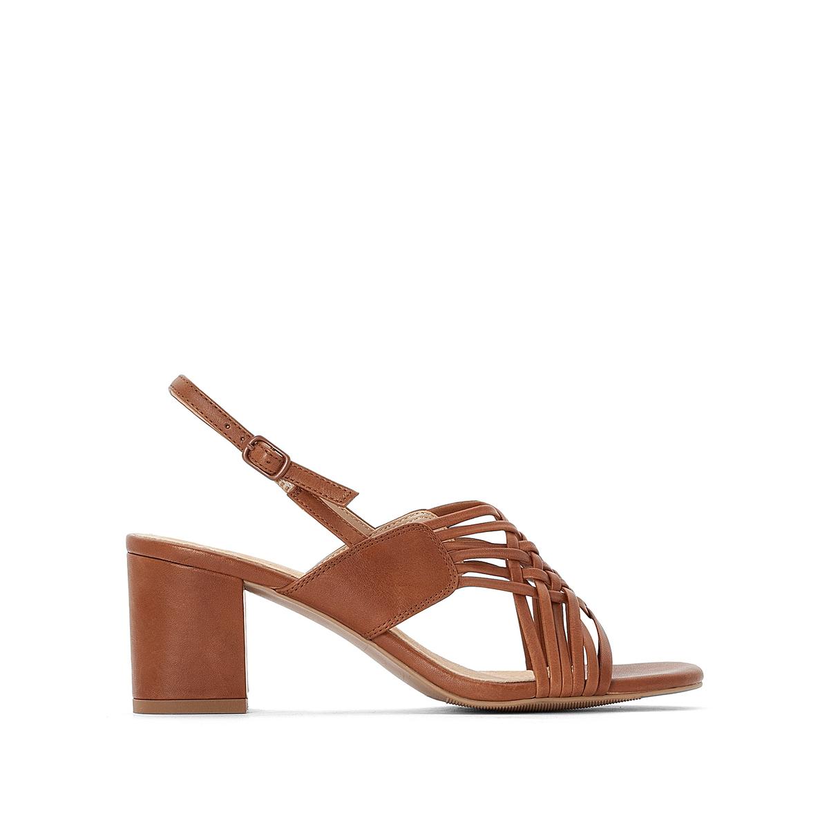 Sandalias de piel cruzadas delante