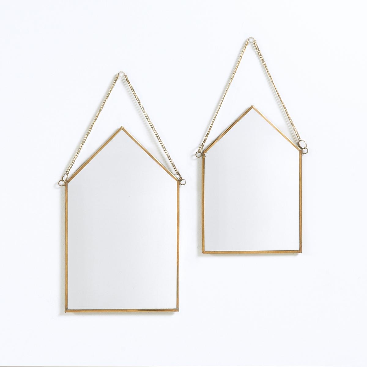 2 зеркала Uyova в форме домика2 зеркала Uyova в форме домика. Модный стиль, металл с латунной отделкой.Характеристики 2 зеркал Uyova в форме домика :2 размераМеталл с латунной отделкойНа металлической цепочкеПолная коллекция Uyova на сайте laredoute.ruРазмеры 2 зеркал Uyova в форме домика :Размер 1 : В20 x 13 смРазмер 2 : В25 x 15 см<br><br>Цвет: латунь