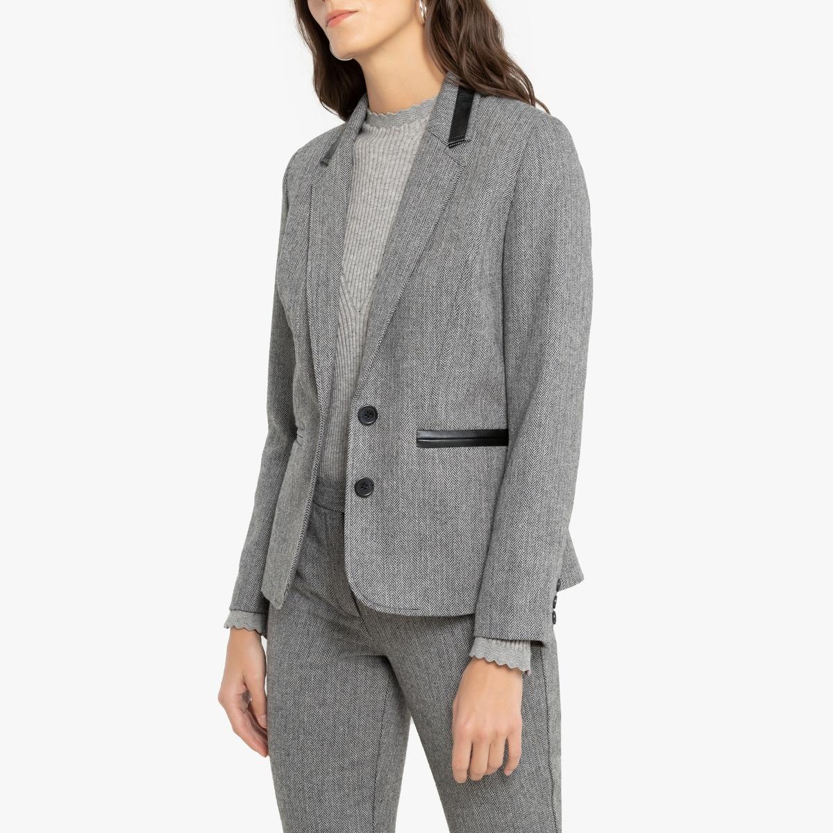 Blazer com corte cintado em tweed