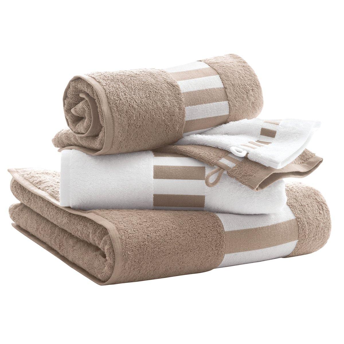 Комплект для ваннойКрасивый комплект в бело-бежевых и бело-зеленых тонах для стильной ванной. 1 однотонное банное полотенце 70 х 140 см + 2 полотенца в вертикальную полоску 50 х 100 см + 2 однотонные банные рукавички 15 х 21 см. Прочная махровая ткань, 100% хлопка, 420 г/м?. Кайма в полоску. Долго остаются мягкими. Превосходная стойкость цвета при стирке (60°). Машинная сушка.<br><br>Цвет: серо-бежевый<br>Размер: единый размер