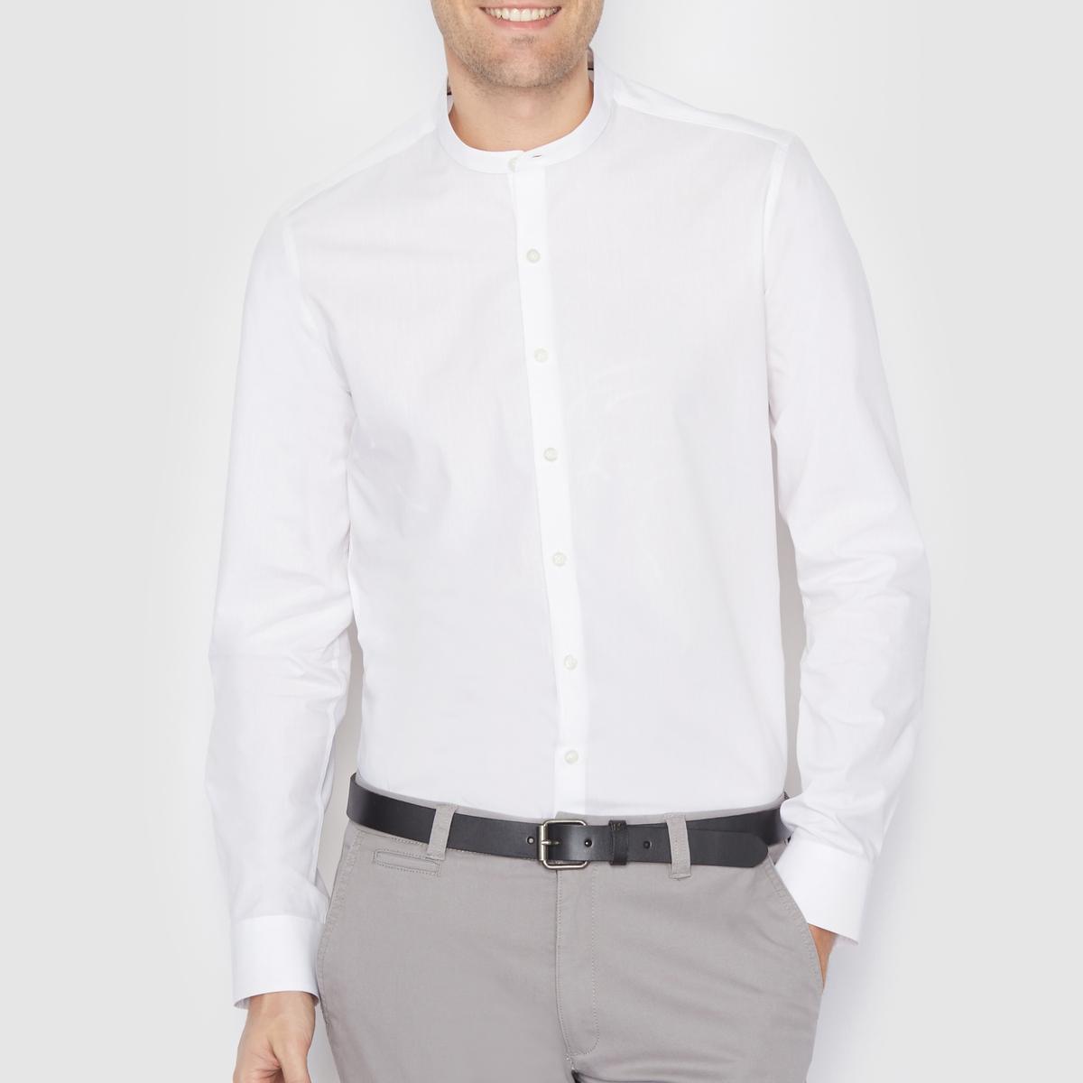 Рубашка зауженного покроя 100% хлопокРубашка в повседневном стиле, узкий покрой, воротник-стойка. Длина 77 см. Низ рукавов с застежкой на пуговицы. Рубашка, 100% хлопок.<br><br>Цвет: белый,небесно-голубой<br>Размер: 47/48.47/48.45/46