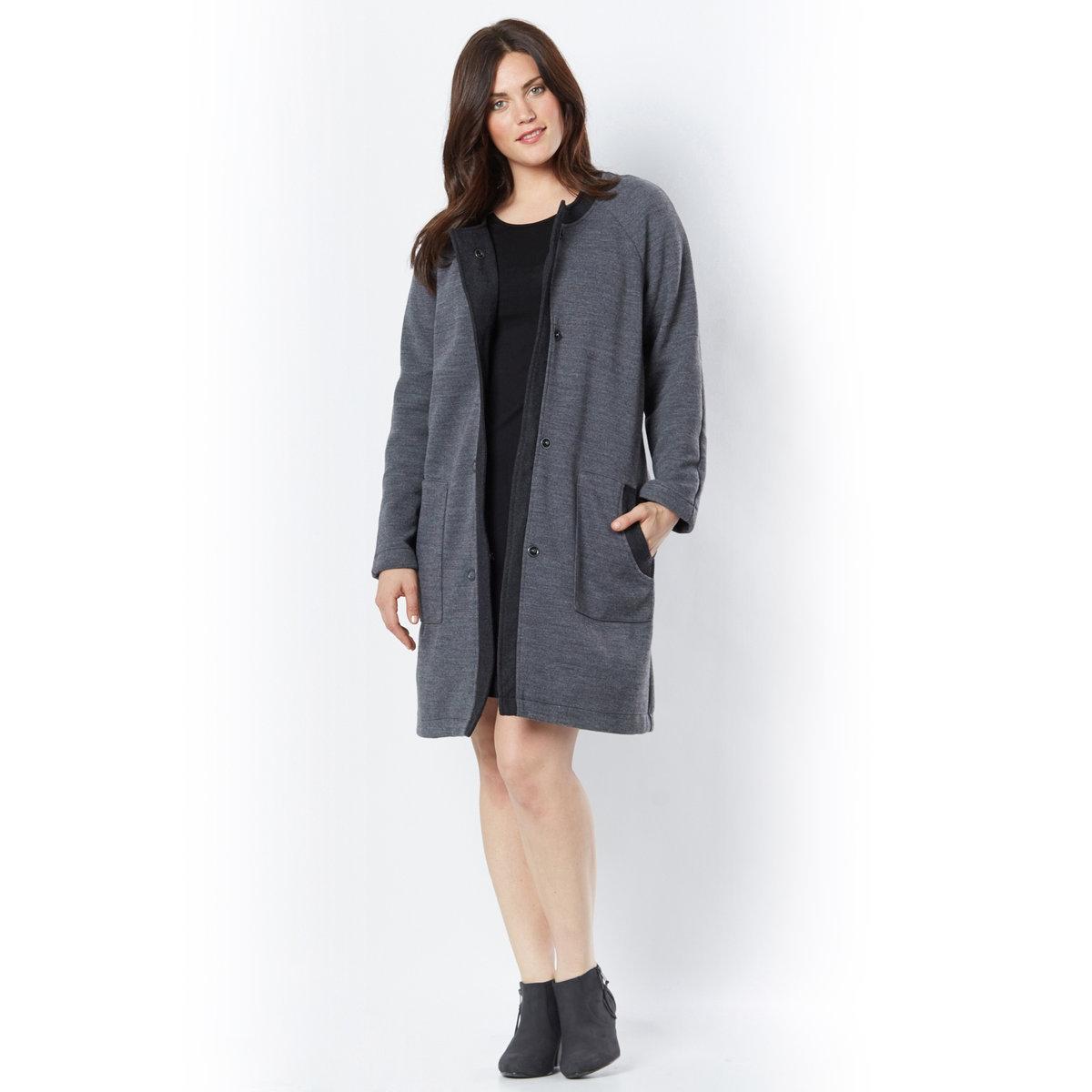 Жакет длинныйМожно носить как теплый жакет поверх платья или как легкое пальто в межсезонье. Круглый вырез. 2 кармана. Отделка кантом из шерстяного драпа цвета серый меланж. Застежка на кнопки. Толстый двусторонний трикотаж, 100% акрила. Длина 95 см.<br><br>Цвет: антрацит<br>Размер: 50/52 (FR) - 56/58 (RUS)