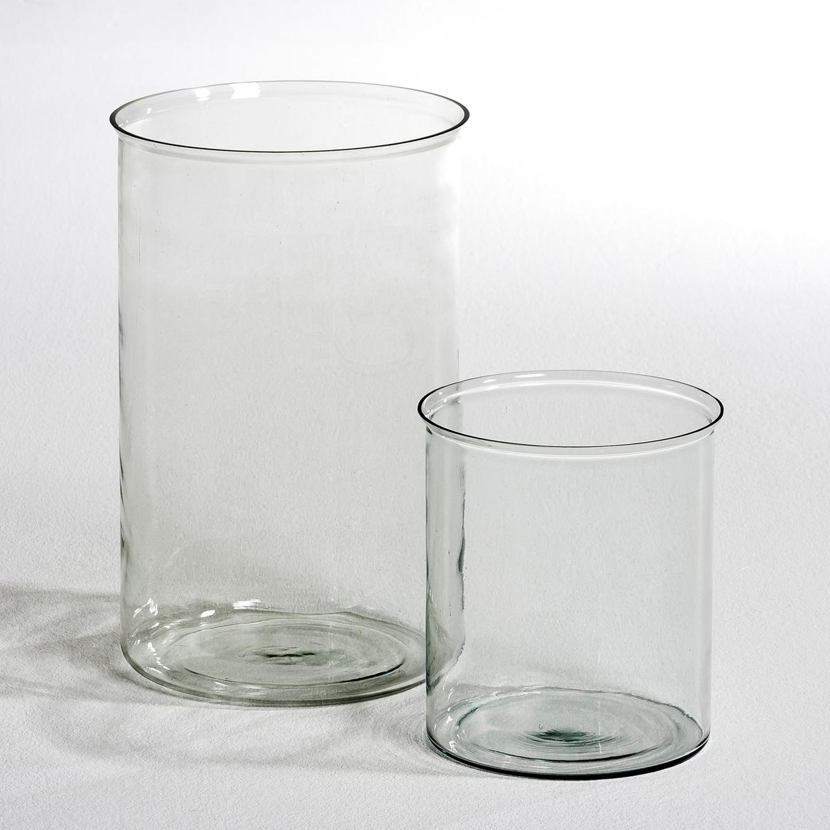 Ваза из стекла Doris, малая модельВаза Doris, очаровательная большая ваза из прозрачного стекла для цветов, листьев... Необходимый предмет декора ! Также прекрасное решение для подарка...Характеристики :Из прозрачного стекла .Размеры :диаметр 18 x высота 20 см.<br><br>Цвет: прозрачный<br>Размер: единый размер