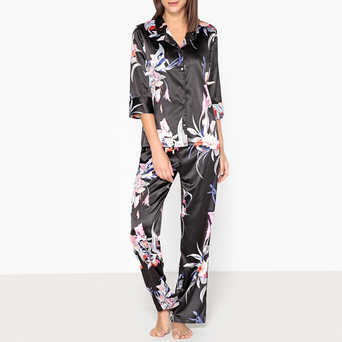 Pijama de satén con estampado de flores