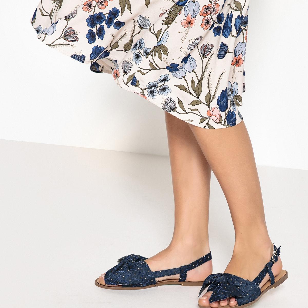 Sandalias de tejido anudadas