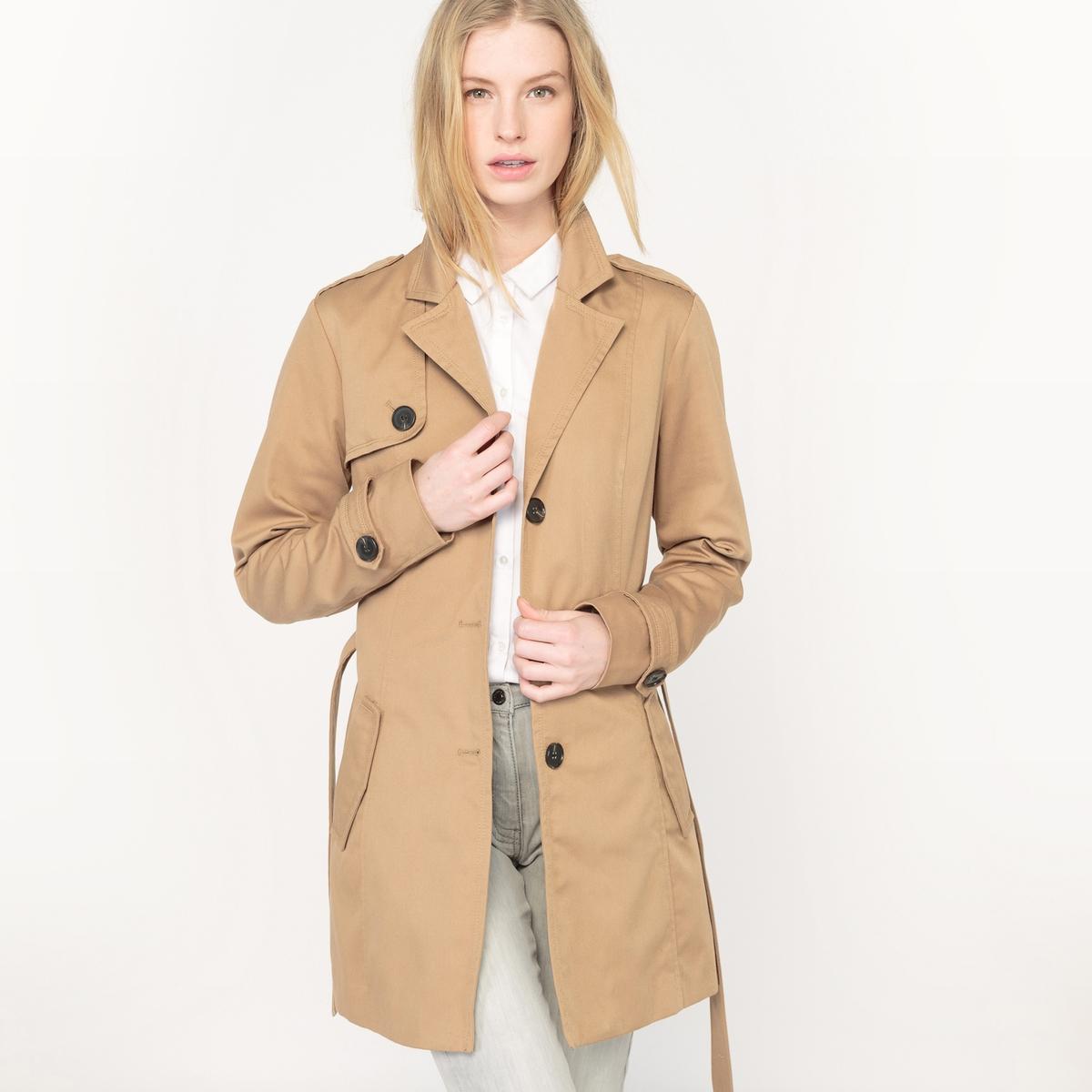 ТренчМатериал: 20 % хлопка, 80 % полиэстера. Тип застежки: Застежка на молнию.  Форма воротника: Круглый вырез. Длина пальто: Пальто средней длины. Рисунок: Однотонная модель. Капюшон: Да.<br><br>Цвет: темно-бежевый<br>Размер: L