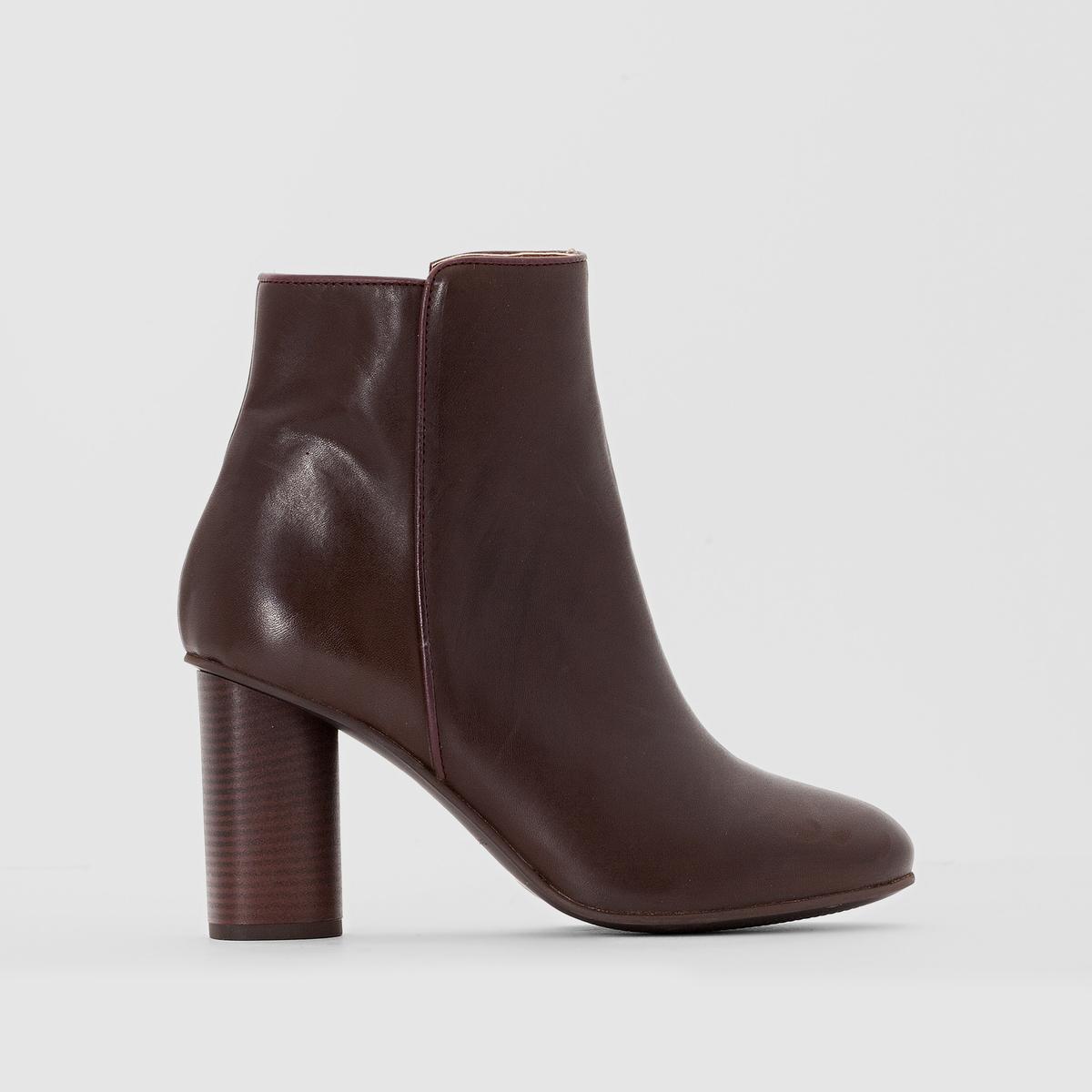 Ботильоны кожаные на высоком каблукеВерх/Голенище: кожа                 Подкладка: кожа         Стелька: кожа         Подошва: эластомер         Высота каблука: 7,5 см                 Форма каблука: широкий         Мысок : закругленный         Застежка : на молнию Страна производства : Португалия<br><br>Цвет: черный,шоколадный<br>Размер: 38.39.37.36