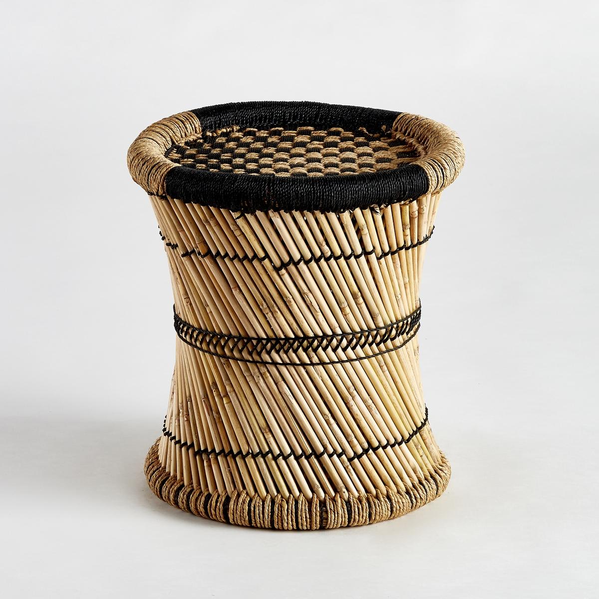 Столик диванный Tingda с рисунком в клеткуДиванный столик Tingda. Можно использовать отдельно или в сочетании с другими моделями из нашей коллекции, которые продаются на нашем сайте.Характеристики :- Из плетеного бамбука и веревки из полиэстера. Ручное производство.Размеры  :- диаметр 41 x высота 43 см.<br><br>Цвет: экрю/ черный