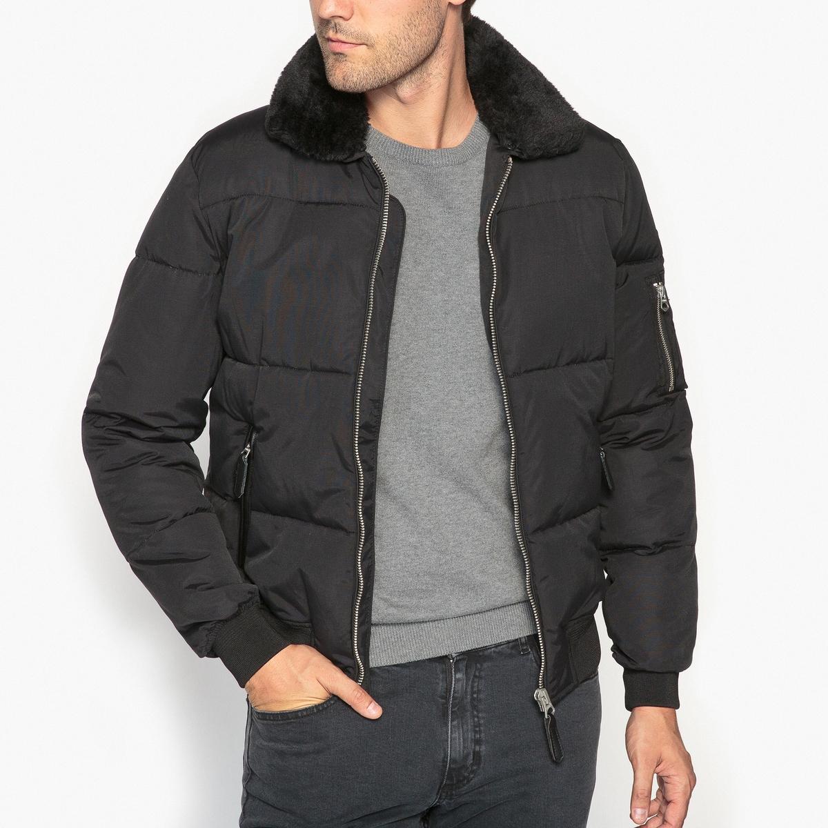 Куртка стеганаяДетали •  Длина : укороченная   •  Воротник-поло, рубашечный  •  Застежка на молниюСостав и уход •  60% хлопка, 40% полиамида  •  Следуйте советам по уходу, указанным на этикетке<br><br>Цвет: черный<br>Размер: L.XL.M