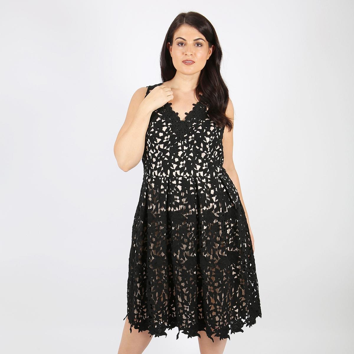 Платье расклешенное однотонное средней длины, без рукавов