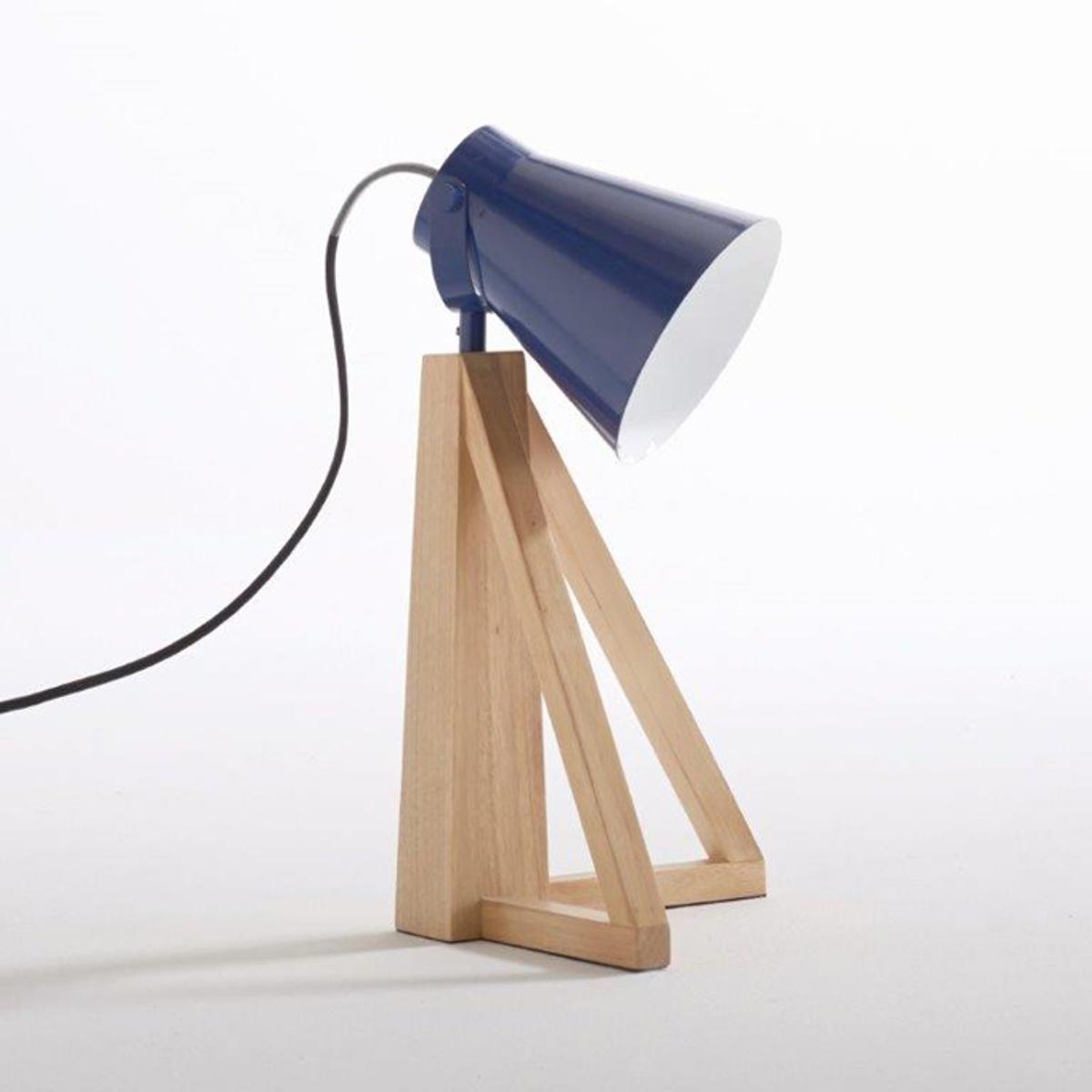 Лампа настольная, LidaОписание лампы, Lida :Патрон E14 для лампочки 11W (не входит в комплект)  Кабель из серого текстиля длина 1,95 м .Этот светильник совместим с лампочками    энергетического класса    : AХарактеристики лампы, Lida :Ножка из гельвеи.Абажур из металла с эпоксидным покрытием Всю коллекцию светильников вы можете найти на сайте laredoute..Размеры лампы, Lida :Диаметр : 27 смВысота : 43 см.<br><br>Цвет: синий