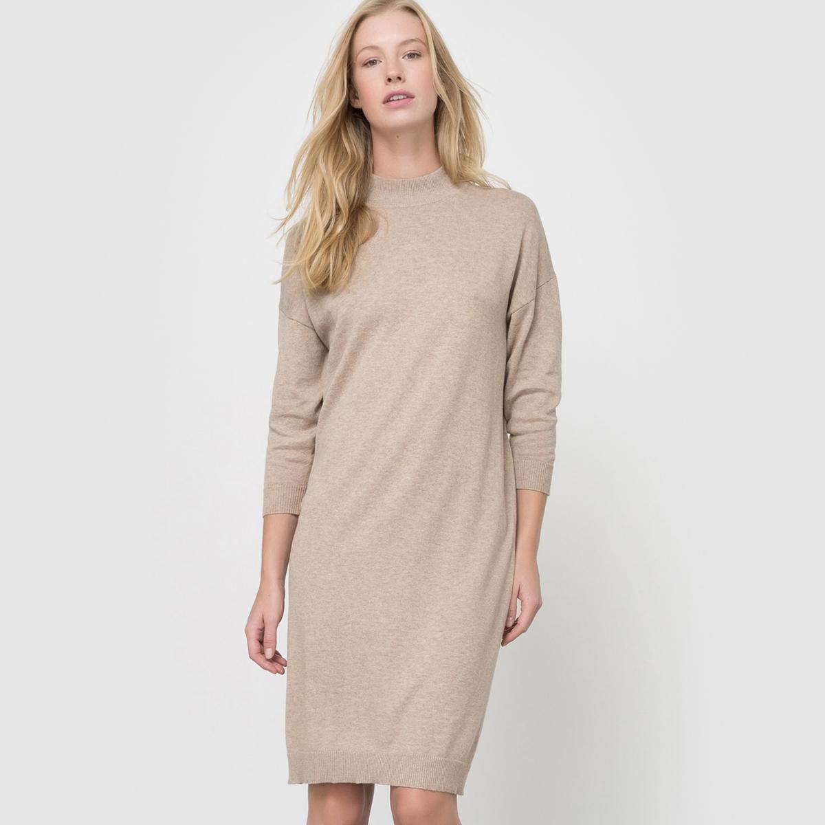 Платье-пуловер с высоким воротником из хлопка и кашемираПлатье-пуловер с укороченными рукавами. Высокий воротник. Отделка рубчиком выреза, манжет и низа. Состав и деталиМатериал: трикотаж, 95% хлопка, 5% кашемира.Длина 95 см.Марка: R essentiel. УходРучная стиркаСтирать и гладить с изнаночной стороны Гладить при умеренной температуреСухая (химическая) чистка разрешена.<br><br>Цвет: бежевый меланж,красный,серый меланж,синий морской,темно-зеленый,черный<br>Размер: 38/40 (FR) - 44/46 (RUS).38/40 (FR) - 44/46 (RUS).42/44 (FR) - 48/50 (RUS)