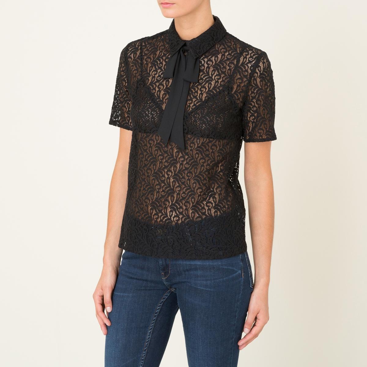 Блузка из кружевной ткани