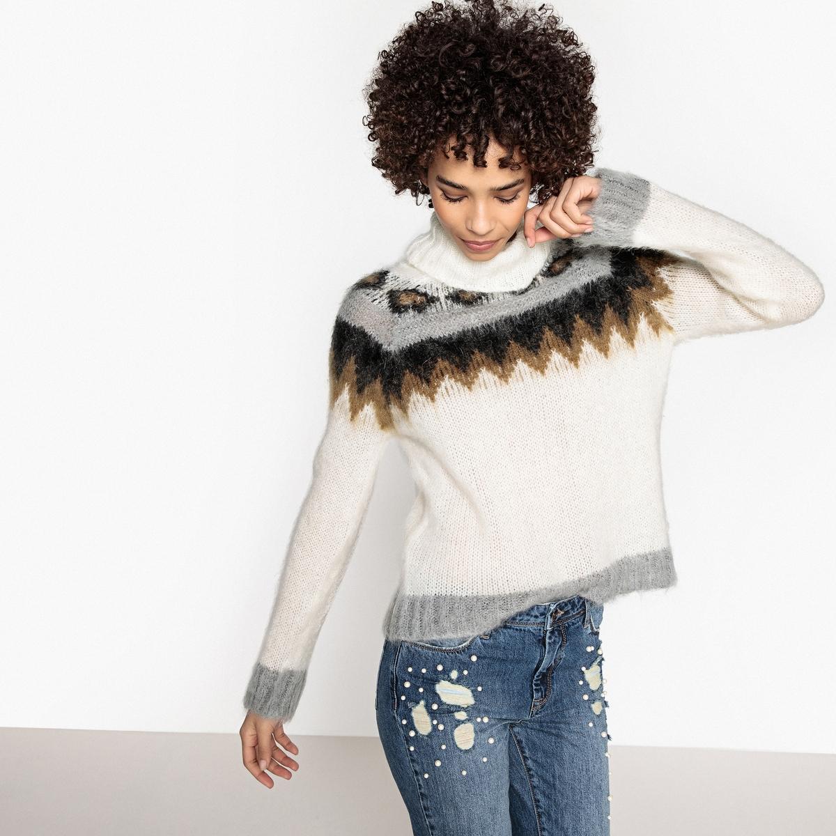 Пуловер-водолазка из тонкого трикотажа